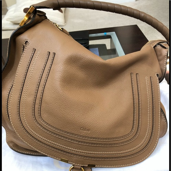 f6027644 Chloe Large Marcie Hobo in Nut Pristine Condition